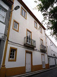 Exterior of Ponta Delgada synagogue. By Carlos Luis M C da Cruz [CC BY-SA , via Wikimedia Commons]