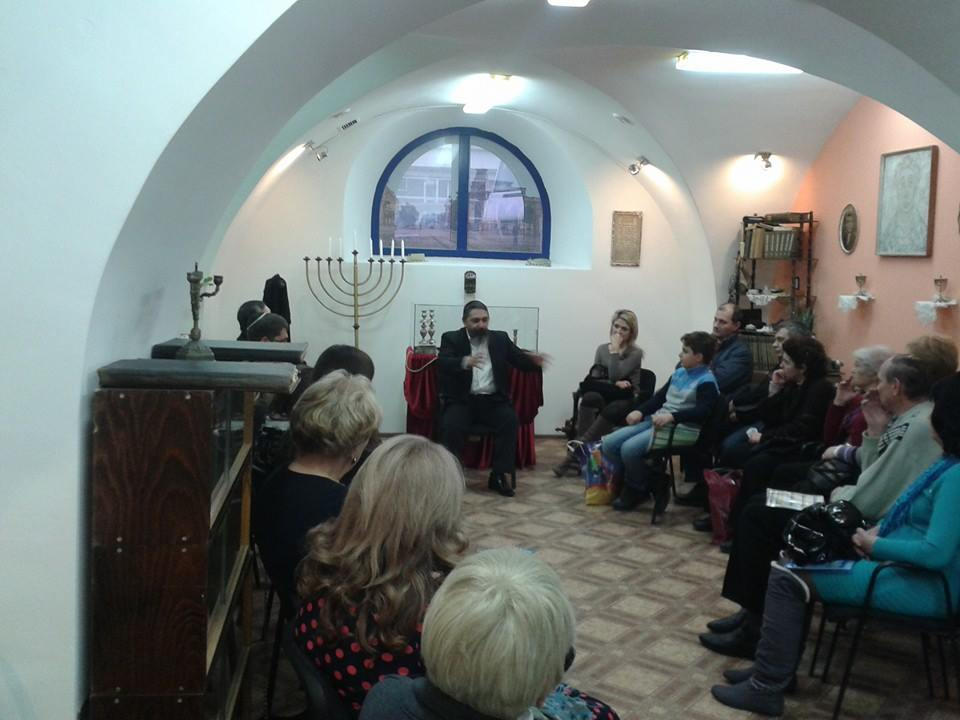A class in the revamped museum. Photo courtesy Jewish Heritage in Moldova