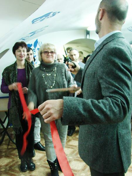 Ribbon-cutting at the opening ceremony of the revamped Jewish museum in Chisinau. Photo courtesy Jewish Heritage in Moldova