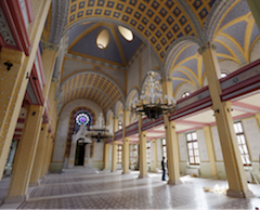 Great synagogue in Edirne, Turkey , interior. (official photo)