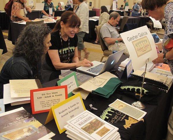 Pamela Weisberger at the International Association of Jewish Genealogy Societies conference in Salt Lake City, 2014
