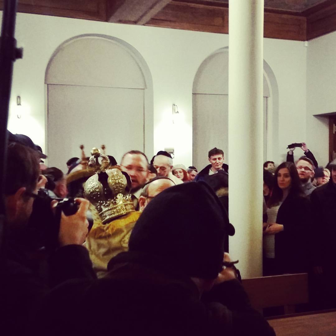 Bringing in the Torah, Wrocław Small Synagogue reopening. Photo: Bente Kahan Foundation