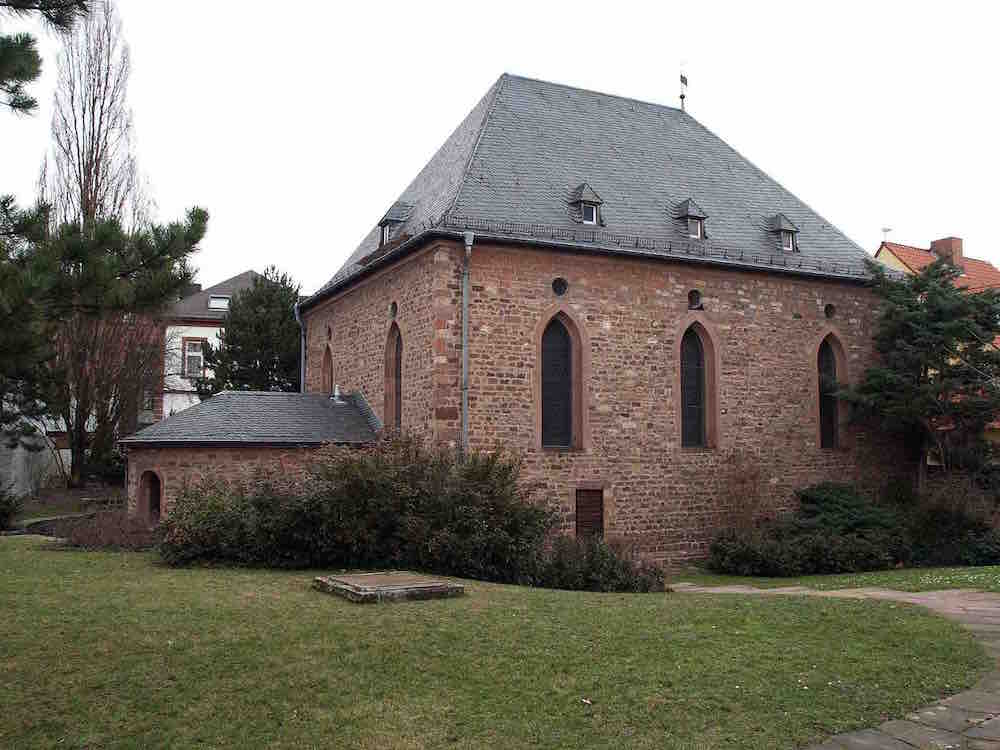 Rebuilt men's synagogue, Worms. Photo: By Ilsemarie (Own work) [CC BY-SA 3.0 (http://creativecommons.org/licenses/by-sa/3.0)], via Wikimedia Commons