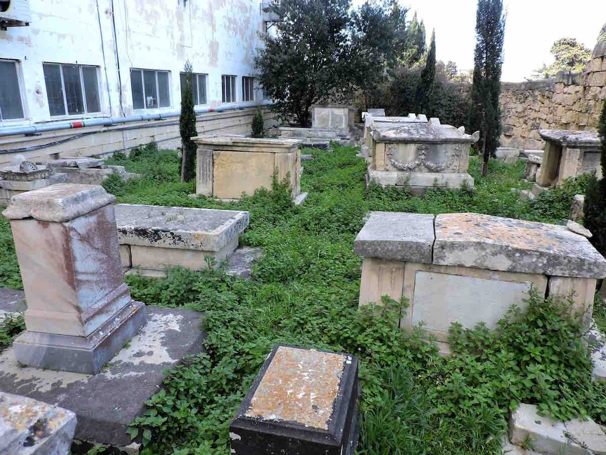 The Jewish section of Ta' Braxia cemetery, before clean-up. Photo: Ivan Ellul for BADa