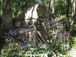Warsaw Jewish cemetery cleanup @ Jewish cemetery | Warszawa | Mazowieckie | Poland