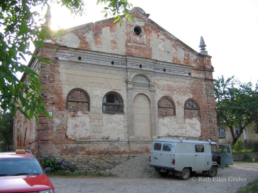 Clean-up in Staryi Sambir @ Synagogue, Jewish Cemetery | Staryi Sambir | Lviv Oblast | Ukraine