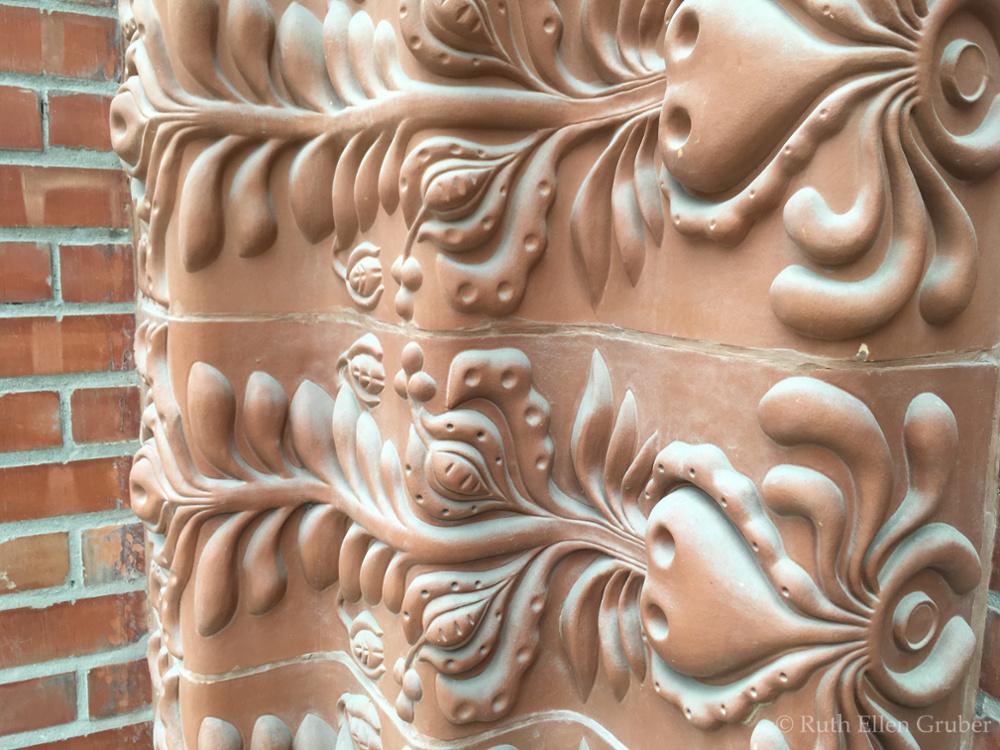 Subotica-details-wm6