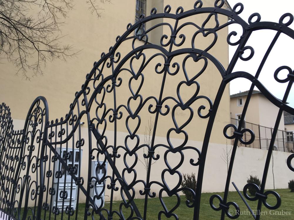Subotica-fence-wm5