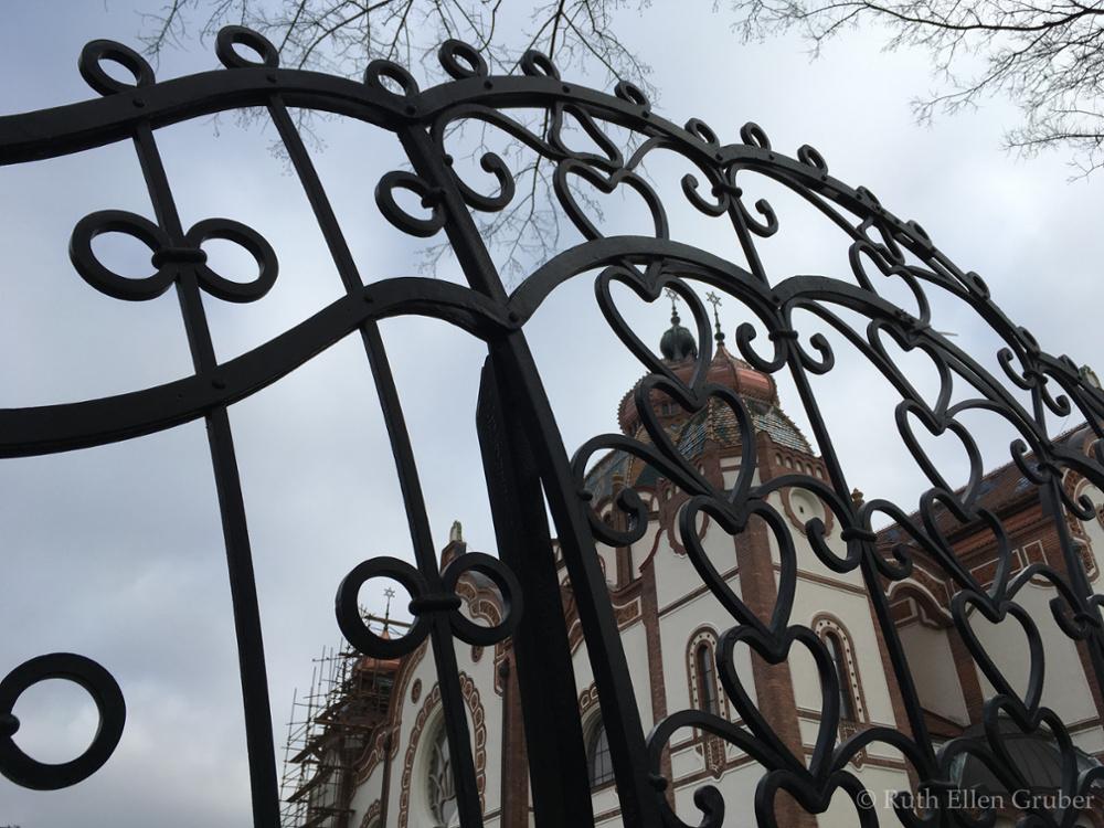 Subotica-fence-wm7