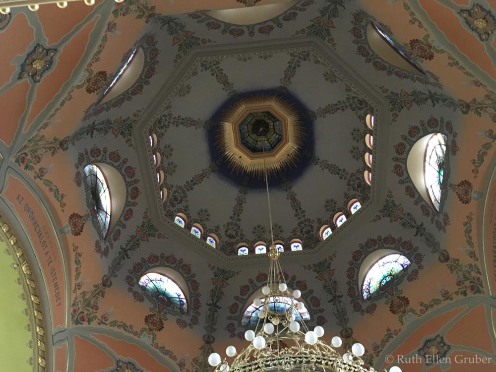 Subotica-synagogue-wm6