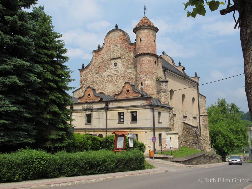 Lesko, Poland synagogue