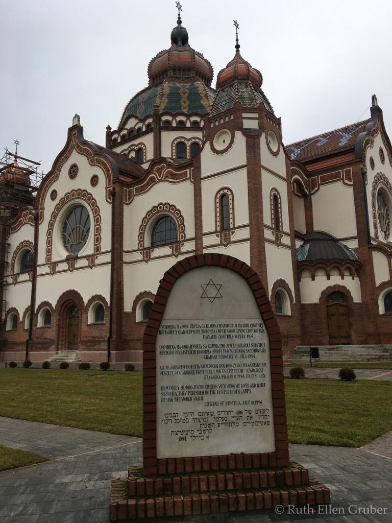 Subotica-synagogue-wm31